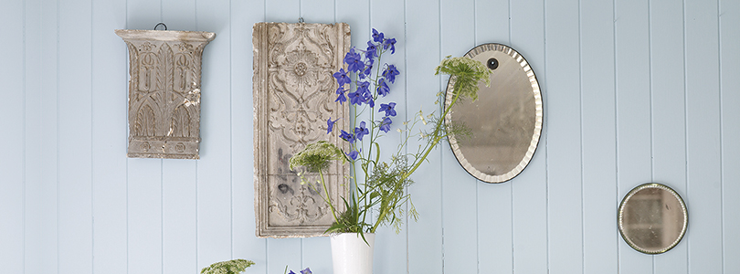 designers guild paint on wooden wall - image